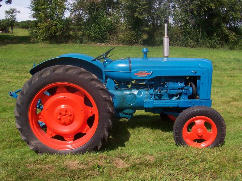 1957 Fordson Major Diesel Tractor : Mid michigan old gas tractor association website mmogta